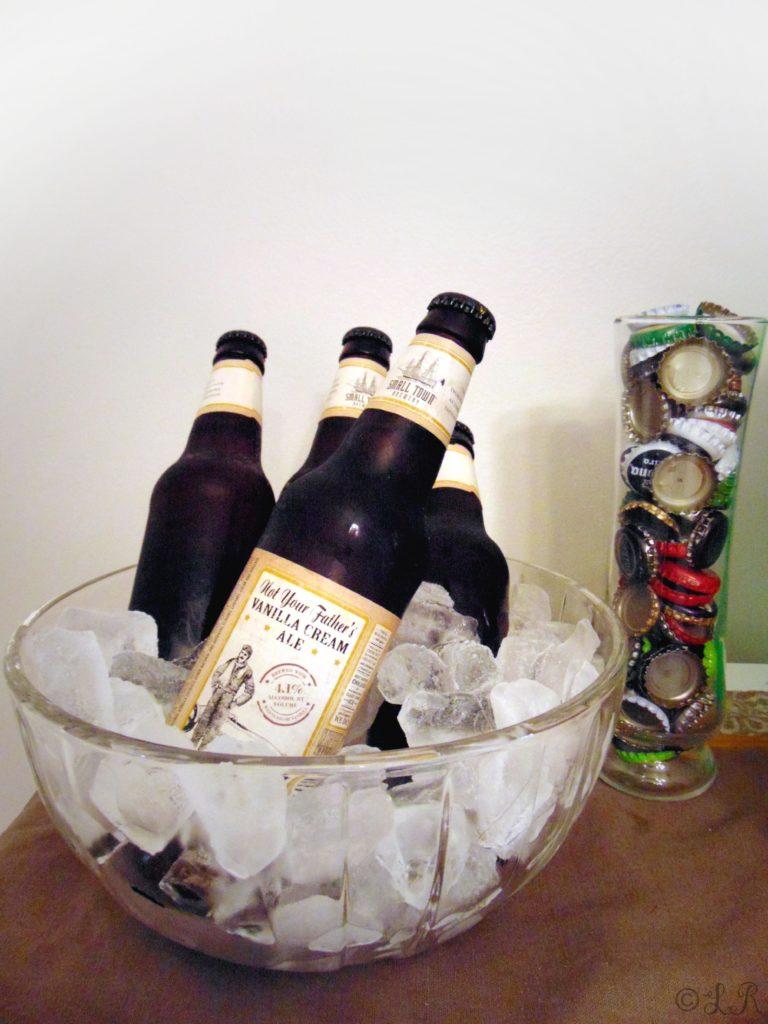autumn bar drinks beer decor ideas caps bottle
