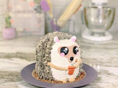 Hedgehog Cake Tutorial (Moist Chocolate Cake with Nutella Buttercream).