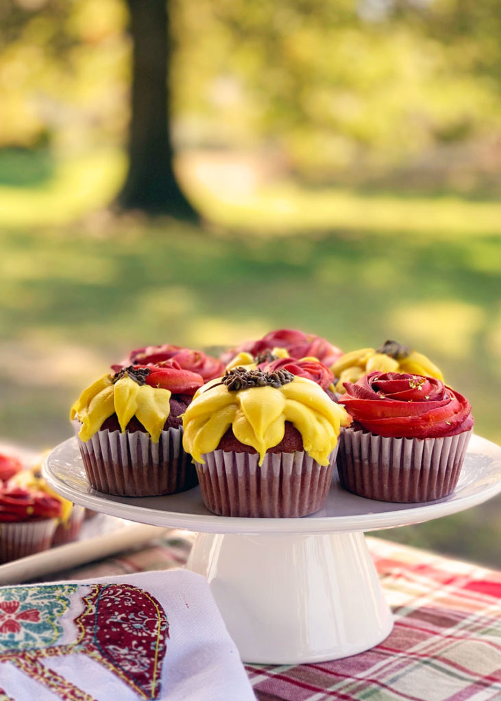 Fall Flower Cupcakes - A gorgeous, delicious, and easy fall cupcake recipe!