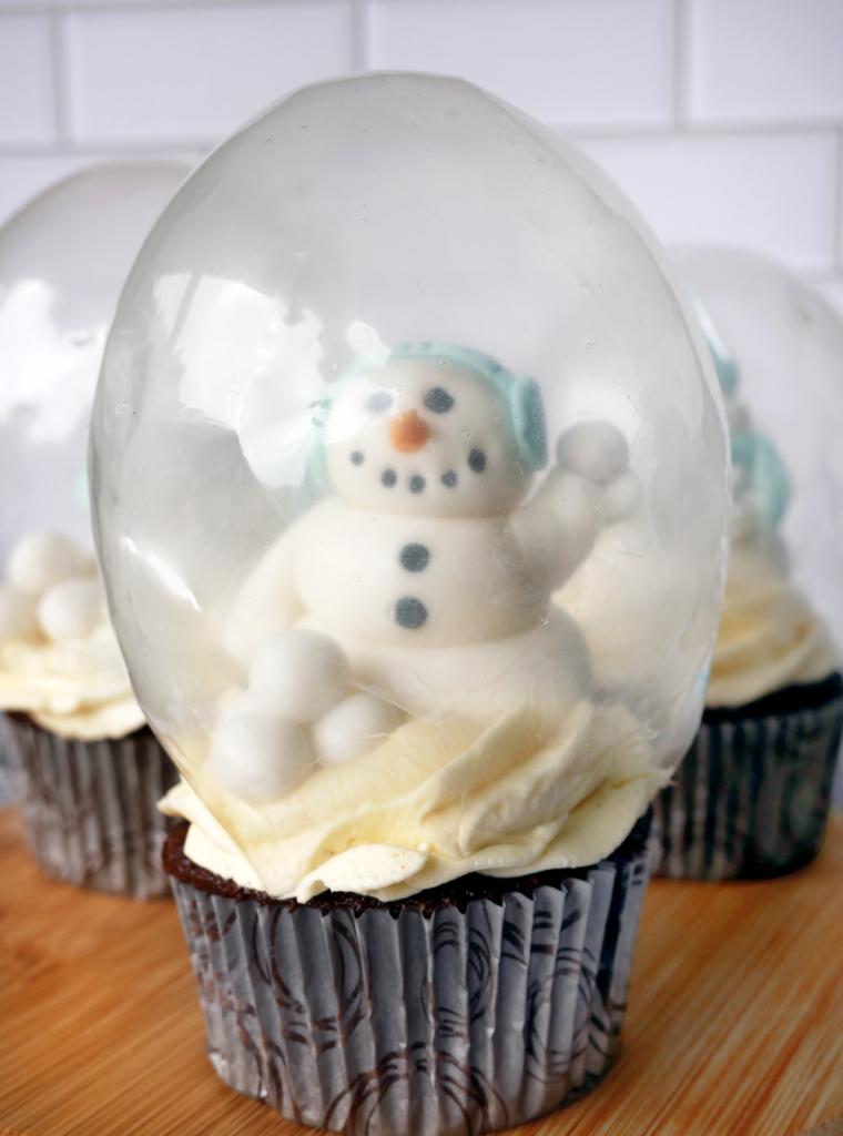 Chocolate Brandy Snow Globe Cupcakes with Eggnog German Buttercream and a Gelatin Snow Globe Dome, Fondant Snowmen