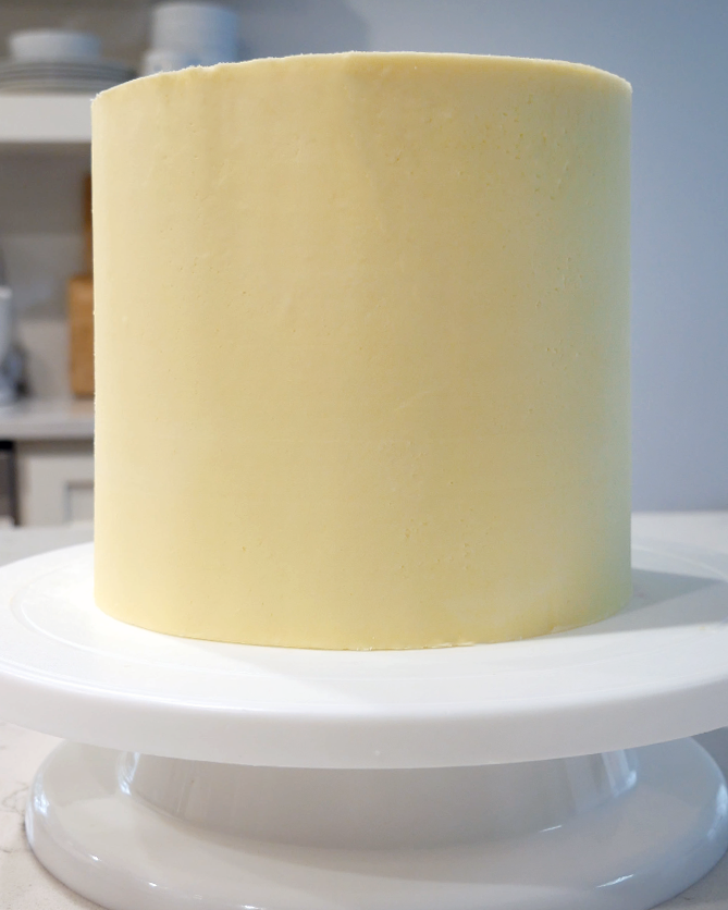 buttercream frosted smooth cake
