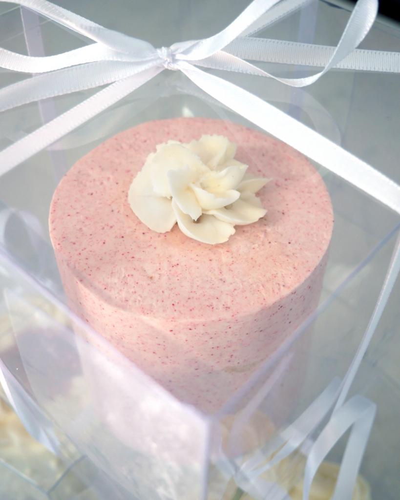 mini wedding cake tasting raspberry wedding cake with swiss meringue buttercream