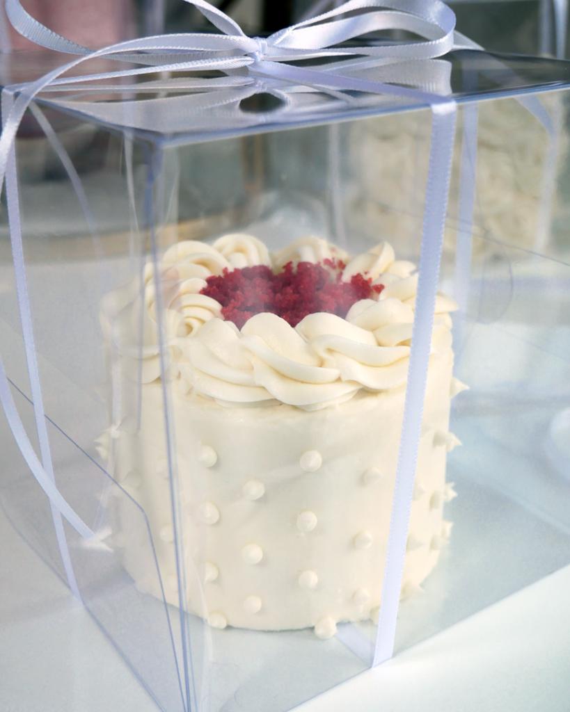 mini wedding cake taster red velvet mini cake